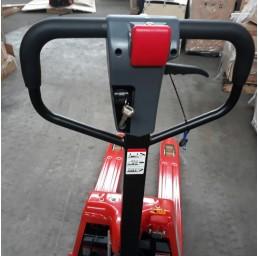 Полуелектрическа транспалетна количка, 1,5 т.