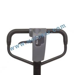 Полуелектрическа транспалетна количка SE15, 1,5 т.