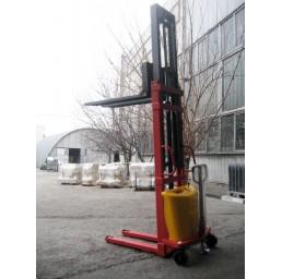 Стакер полуелектрически 1,5 т., 3500 мм
